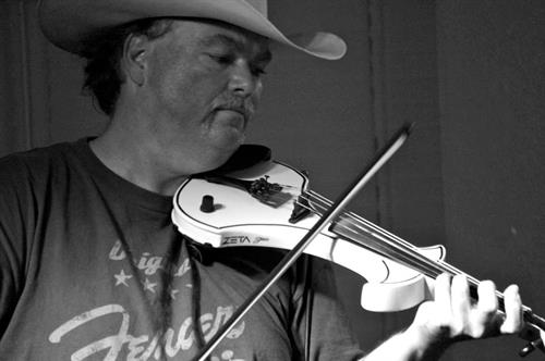 Former state champ Scotty Plant on fiddle