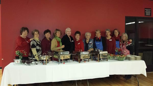 Members serving at Independent Living Program dinner