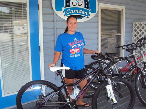 Gallery Image Camden_Bicycle__Center__Jack_Kingston_and__Jess_and_Amber_005.jpg