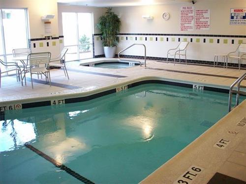 Indoor Pool and Hot Tun