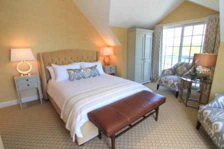 King Classic Guestroom