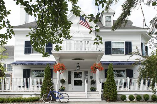 Kennebunkport Inn, Dock Square