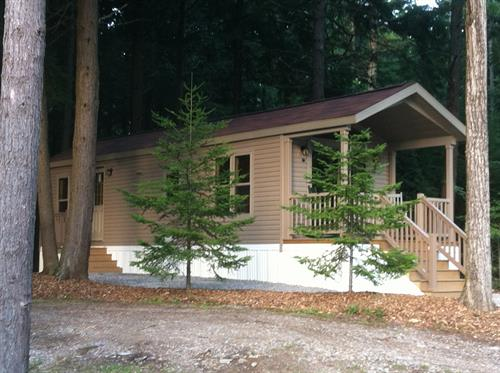 Rental Cabin, Sleeps 4 with all the amenities