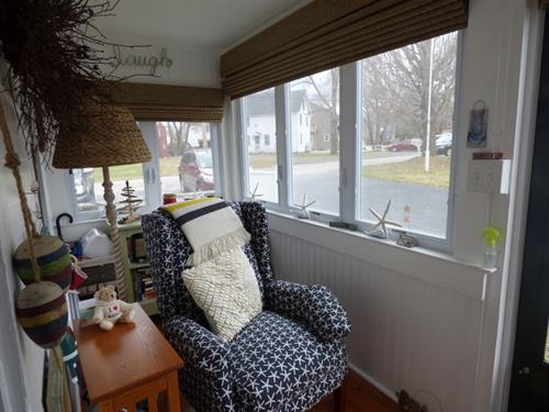 Cottage 3 enclosed porch