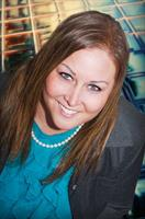 Amber Hora, Agent, Cell: 515-230-0492