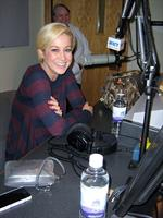 Kelly Pickler stopped in at WXCY