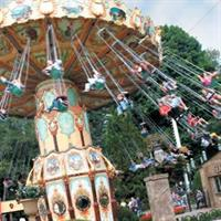 daVinci's Dream Swing Ride at Canobie Lake Park