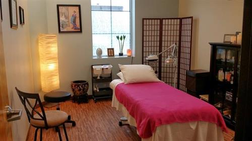 Melissa Brown LAc, LE's Treatment Room