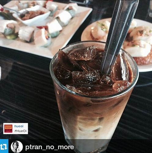 Cafe Sua Da (Vietnamese Iced Cofee)