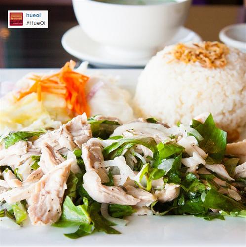 Com Ga Bop (rice with free-range chicken)