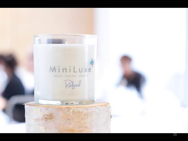 MiniLuxe smells refreshing, offering a clean environment without the harsh chemical smells.