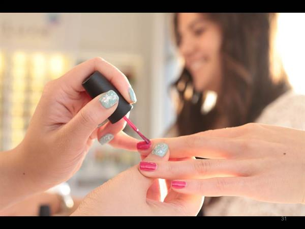 We stand behind our policy of never cutting corners or diluting polish and offer a 3-day no-chip policy on our Signature MiniLuxe Manicures.