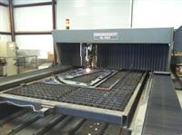 View of  the 2500 watt laser cutting machine.