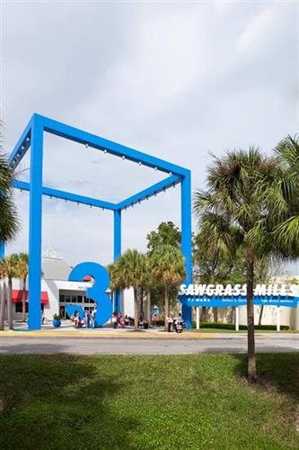Sawgrass Mills Blue Dolphin Entrance
