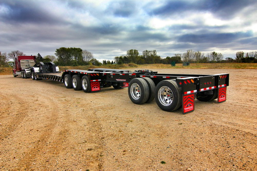 Detachable gooseneck trailer.
