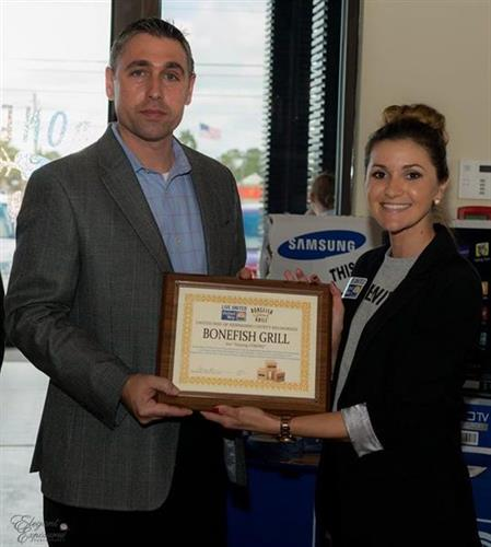 Bonefish Grill receives the Staying STRONG Award