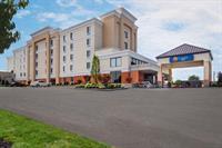 Gallery Image Hotel_Exterior_July_2014.jpg