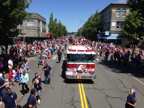 Shell participates in Anacortes July 4th Parade