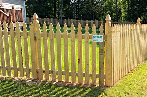 Gallery Image Wood_French_Gothic_Picket_and_Post_with_Gate_2.jpg