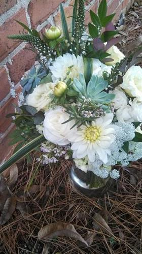 Lovely textural bouquet for the beautiful Bride