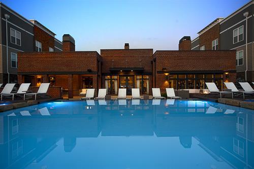 Vegas Infinity Style Pool
