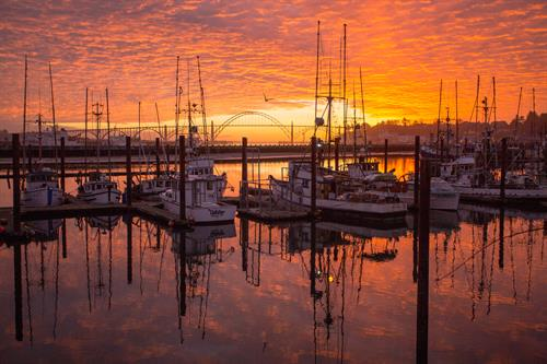 Where every room has a view of Yaquina Bay
