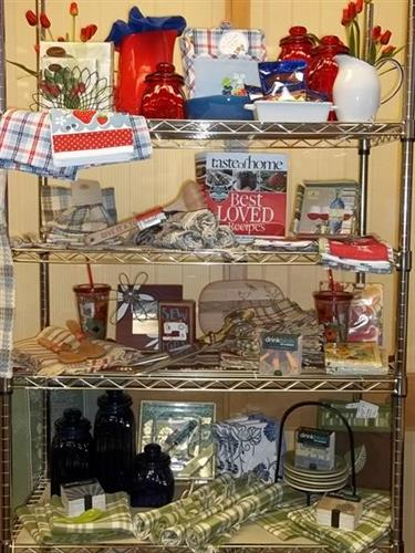 Kitchen items in the Gift Store