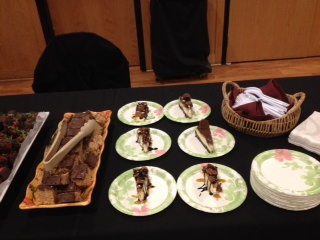 We offered samples of our Turtle Cheesecake and Peanut Butter Cup Cheesecakes for the recent Biz to Biz Event at the Friendly Buffalo