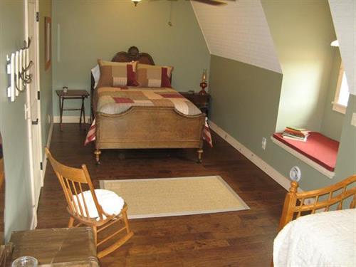 Barn second floor bedroom - sleep 4