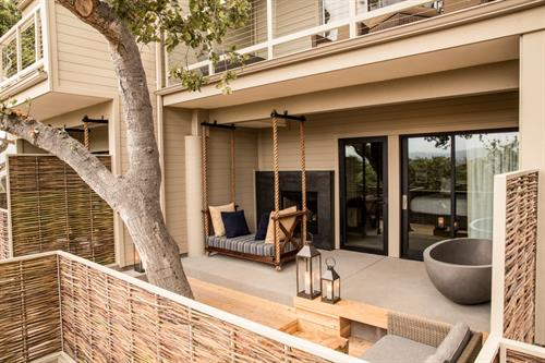 Gallery Image Oak_Grove_Studio_Exterior_Patio.jpg