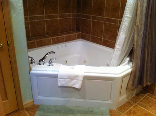upper full bath with jacuzzi