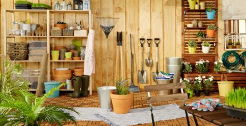 Gallery Image gardening_refresh.jpg