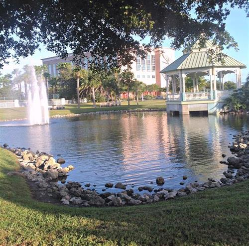 Fountain at Veteran's Park