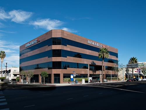OfficeSlice is located on the 2nd floor of the Bank of the West building