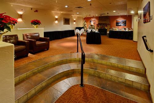 Gallery Image Lakota_Lounge.jpg