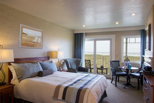 Ocean front queen guest room