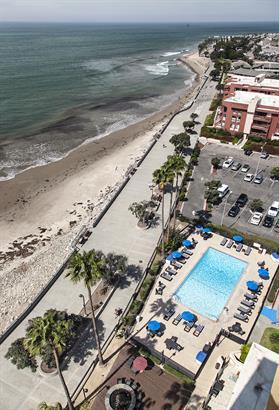 Pool Beachside