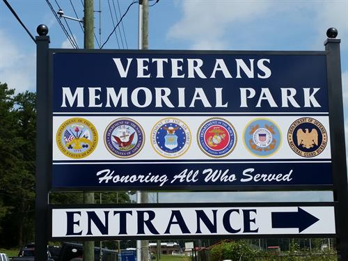 Memorial Day Ceremony at Veteran's Memorial Bridge and ...