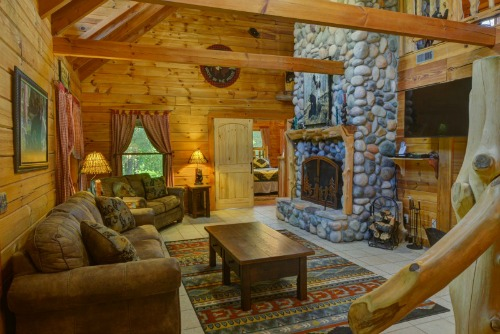 Dancing Bear Lodge Living Room