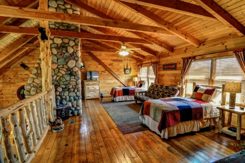 Dancing Bear Lodge Loft