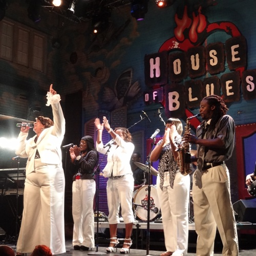 Gospel Brunch with the explosive energy of live gospel music selected by Kirk Franklin and performed by Linda Wright and House of Blues Praise Team