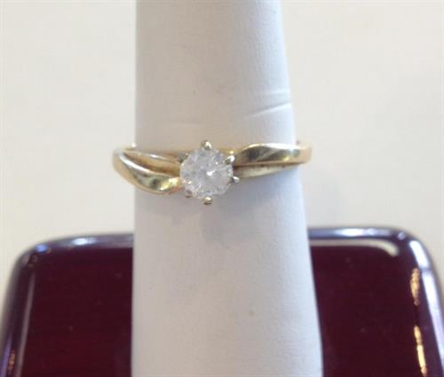 Original yellow gold diamond ring