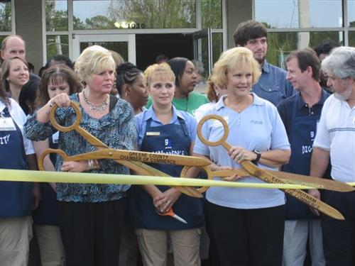 Goodwill store ribbon cutting ceremony