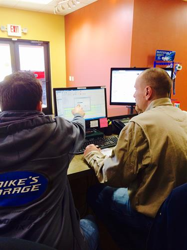 Mike teaching our Service Adviser Tyler the ropes!