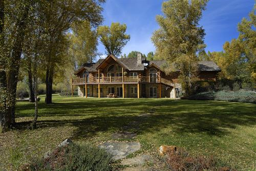 291 W Cottonwood Rd Gunnison, CO 81230 - Dos Rios Island, riverfront log home near the Golf Course