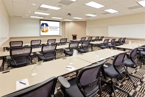 We offer a complete training environment for instructor led training