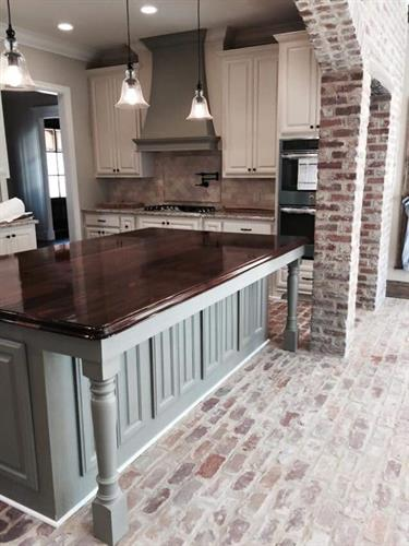 Holiday used brick kitchen and column