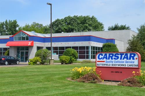 CARSTAR Mundelein is a state-of-the-art auto body repair facility located in northern Lake County, IL in Mundelein.