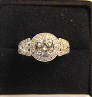 Gallery Image diamond_ring_pic_3.jpg