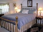 Left Bank guestroom/queen bed